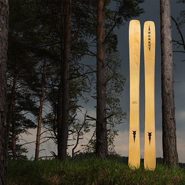 Forest skis Orkan in the wood
